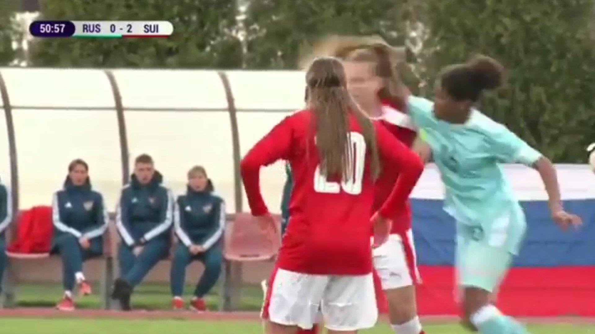 Vídeo: La brutal pelea entre dos jugadoras del campeonato europeo sub 17