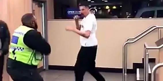 McDonald's: los empleados golpean brutalmente a dos clientes por negarse a pagar