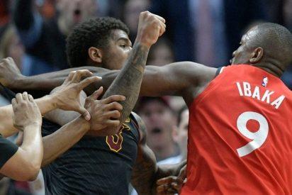 Brutal pelea en la NBA: Serge Ibaka y Marquese Chriss se golpean bajo el tablero