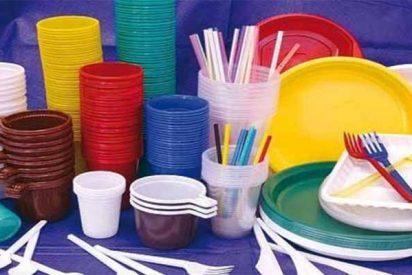 Medioambiente: Prohibidos los platos, cubiertos o pajitas de plástico en Europa a partir de 2021