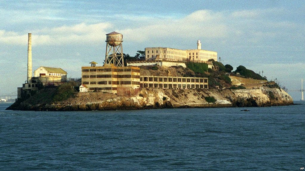Los túneles y construcciones militares secretas debajo de la prisión de Alcatraz