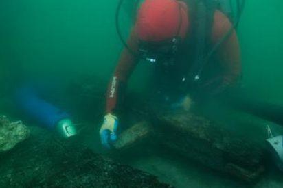 Estos son los restos de un barco con «costillas» y velas de papiro que han dado la razón a Heródoto