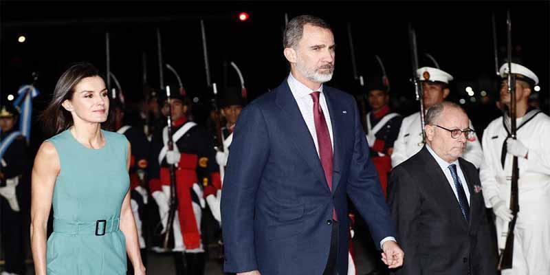 El último viaje de Felipe VI a Argentina provoca un pánico real en La Zarzuela