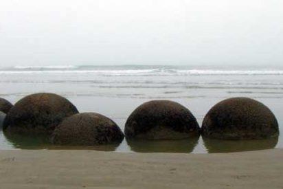 Qué ver en Nueva Zelanda: Las esferas de piedra de Moeraki