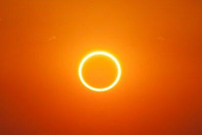 ESA: La Estación Espacial, captada cruzando el Sol en menos de un seguundo
