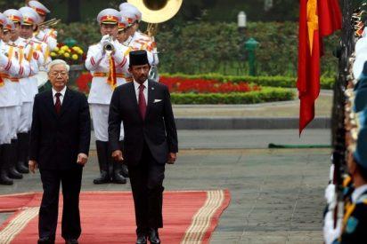 El sultanato de Brunéi castigará con lapidación el sexo gay y el adulterio