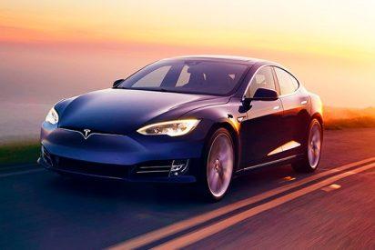 ¡Tesla cierra sus tiendas y pone a la venta una versión más barata de Model 3!