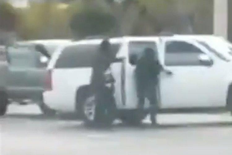 Vídeo: El secuestro a plena luz del día de los hijos de ex operador del Cártel Arellano Félix en Tijuana