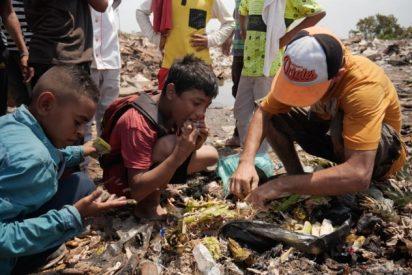 Vídeo: Niños venezolanos buscando comida en la basura, el crudo reportaje sobre la dictadura chavista