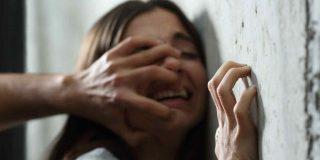 Un drogadicto pasará cuatro años en prisión por violar a una mujer en plena calle de Sevilla