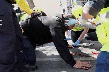 Batalla campal: Los macarras indepes de los CDR intentan reventar a pedradas un acto de VOX en Barcelona