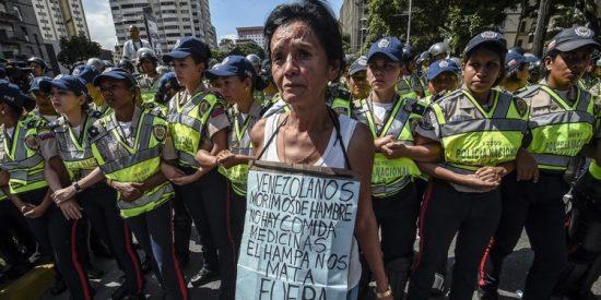 Hecho en socialismo: Las secuelas del hambre en Venezuela seguirán viéndose en 2040