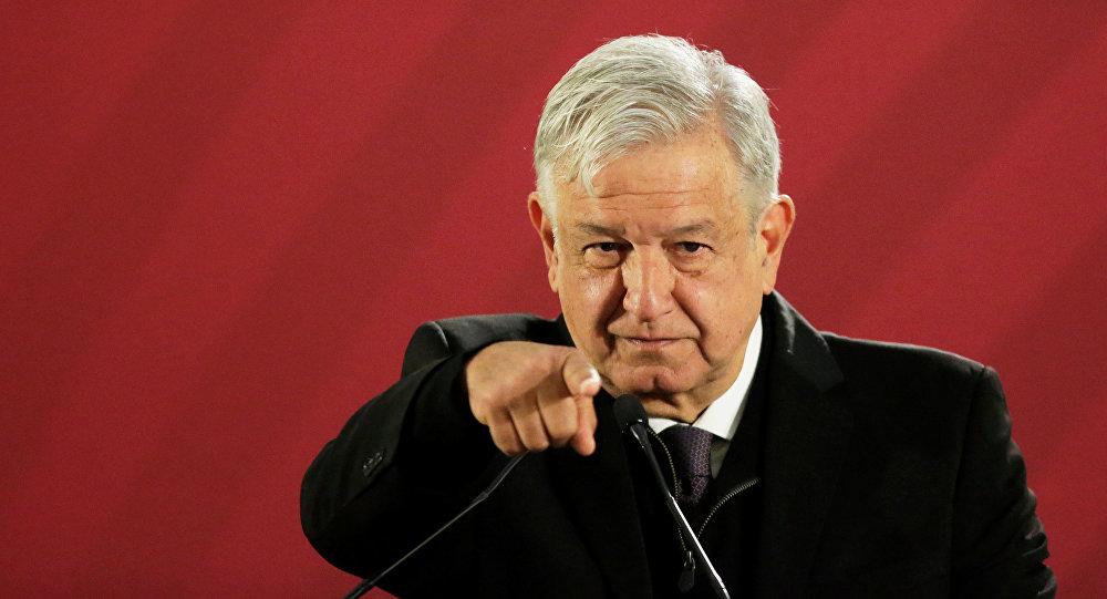 """La amenaza de Loopez Obrador contra los periodistas: """"si ustedes se pasan, pues ya saben lo que sucede"""""""