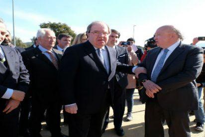 """Herrera visita el proyecto """"Forestalia"""" y lo pone como ejemplo de alternativa para la minería"""