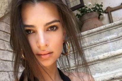 Emily Ratajkowski se quita el sujetador y los troles de Instagram se ponen enfermos de pura calentura
