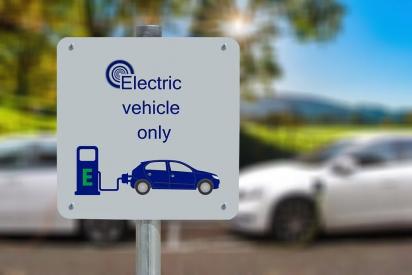 España: la venta de coches eléctricos cayó en abril de 2020 a tan solo 99 unidades