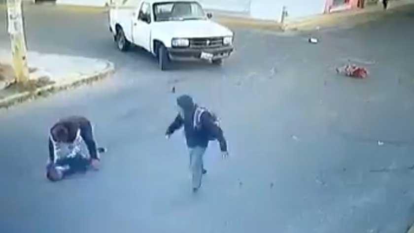 Video (Imágenes sensibles): conductor atropella brutalmente y mata a niño en México