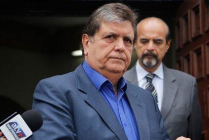 Alan García: de qué acusan al expresidente de Perú que se suicidó cuando iba a ser detenido