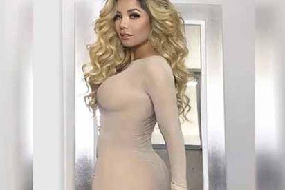 Foto: El sensual atuendo de secretaria sexy de Aleida Núñez