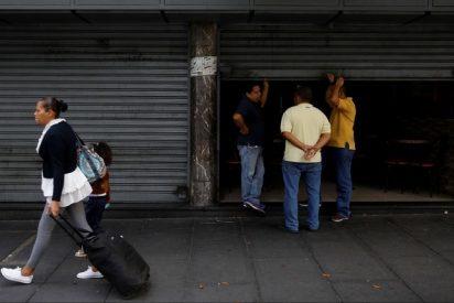 Oscuridad chavista: La dictadura ordenó tres jornadas de actividades reducidas por los apagones