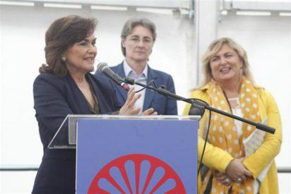 """La vicepresidenta Carmen Calvo dice que las gitanas son """"sus primas"""" y que el """"Gelem Gelem"""" es su himno"""