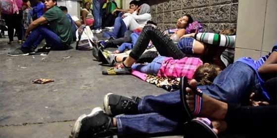Parte una nueva caravana de migrantes de Honduras a Estados Unidos