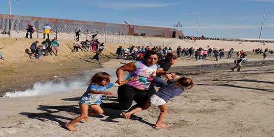 Video: La 'carrera de la muerte' de los inmigrantes ilegales que cruzan la frontera de EEUU