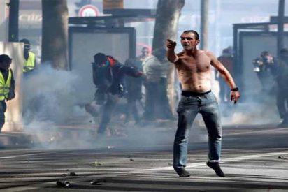 París: Los gendarmes arrestan a más de 120 'chalecos amarillos' y no permiten el paso por Notre Dame
