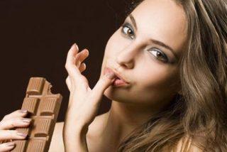 ¿Sabías que las personas que comen chocolate negro tienen menos probabilidades de estar deprimidas?
