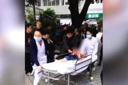 Arrestan a un maestro en China tras envenenar a 23 niños en un jardín infantil