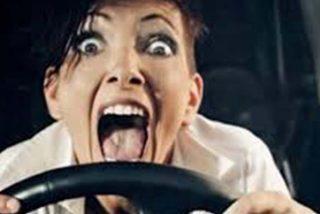 Examen de conducir: a partir de hoy podrás usar la cámara de visión trasera y el coche nunca se te calará en una rampa
