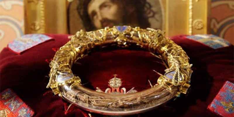 Notre Dame: La Corona de Espinas de Jesús y la Túnica de San Luis se han salvado de las llamas