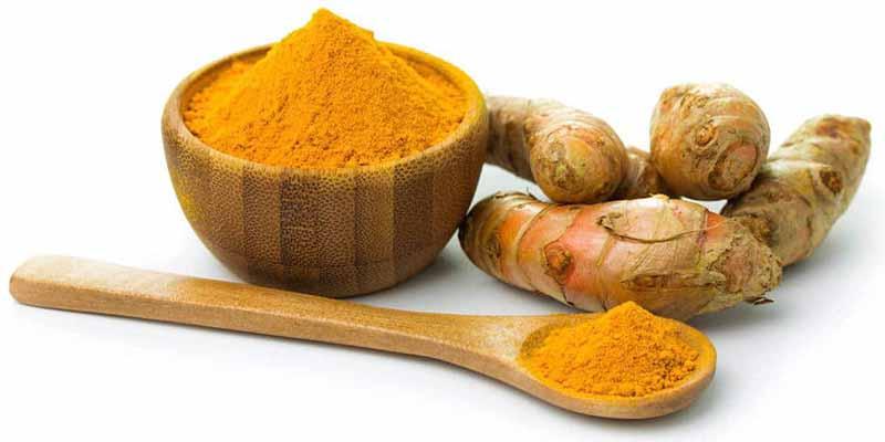 La cúrcuma, con la que se hace el curry, puede ayudar a prevenir o combatir el cáncer de estómago