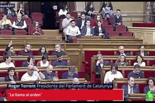 El fascista Roger Torrent expulsa a un diputado catalán del PP por plantar cara a la CUP tras el escrache a Cayetana Álvarez
