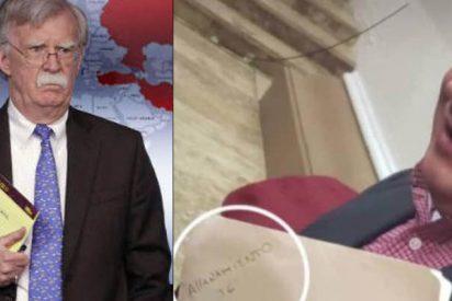 El ridículo del chavista Diosdado Cabello: Imita a John Bolton para amenazar a Guaidó