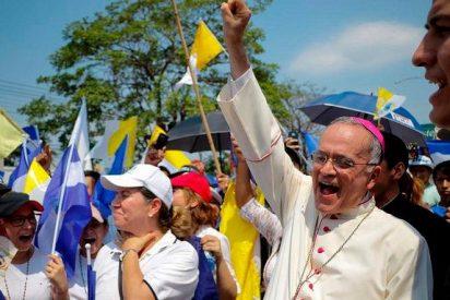 El Papa traslada a Roma al obispo Silvio Báez tras conocerse un plan para asesinarlo