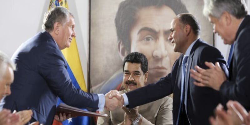 ¿Sabías que Venezuela elude sanciones de EEUU canalizando ventas a través de Rusia?