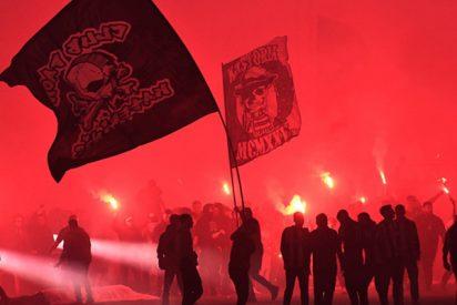 Este equipo griego de fútbol celebra a lo bestia coronarse campeón después de 34 años
