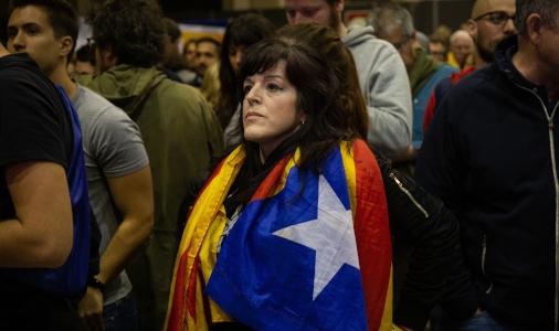 ERC gana con claridad en Cataluña y el PP roza su desaparición en la comunidad