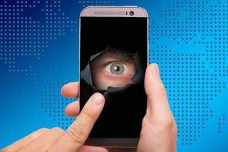 ¿Realmente nos espían a través del micrófono del teléfono móvil o de la cámara del ordenador?