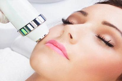 Con todas estas formas de limpieza facial no volverás a dormir maquillada