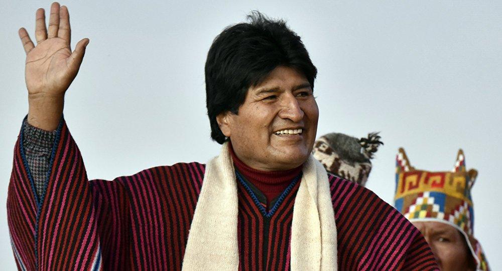 Evo Morales inicia su golpe de Estado en Bolivia: sus seguidores bloquean 60 rutas claves