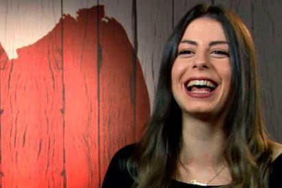 "Esta joven acude a 'First Dates' a buscar un ""empotrador"" que acepte su manía"
