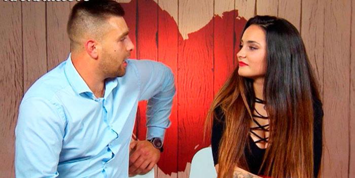 """Una joven cambia de opinión al ver en persona a su cita de 'First Dates': """"Me voy con el otro"""""""