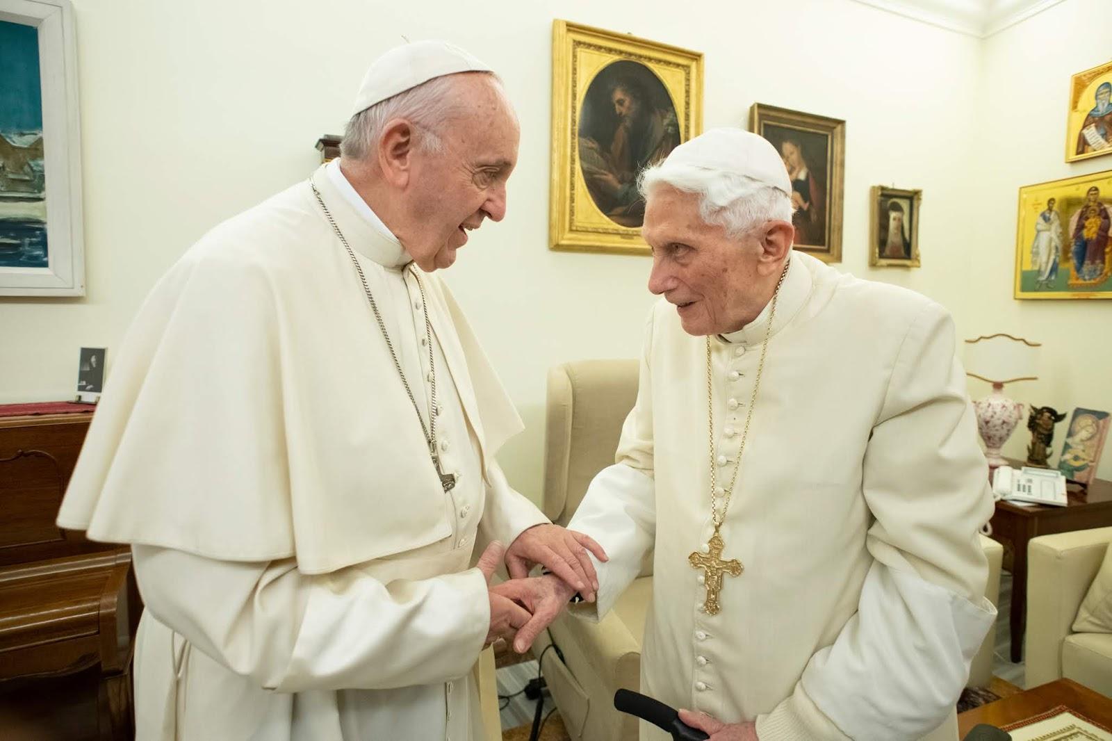 El Vaticano desmiente los rumores sobre la salud de Benedicto XVI