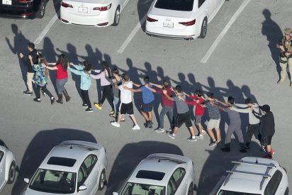 Florida aprueba un proyecto para armar a los maestros en las escuelas