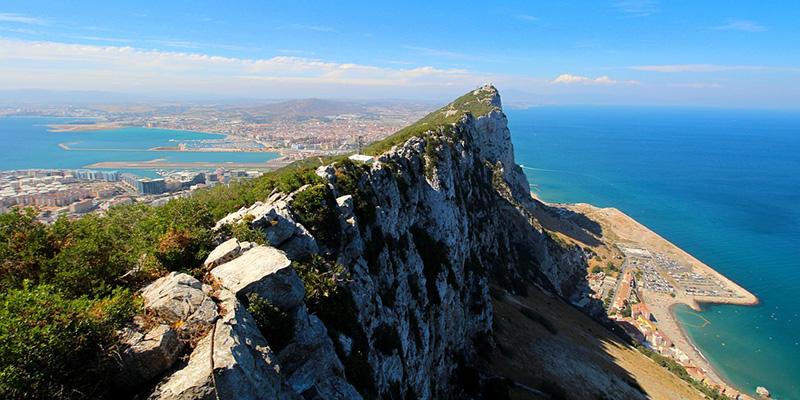 España consigue que se considere a Gibraltar 'colonia' en un Brexit sin acuerdo
