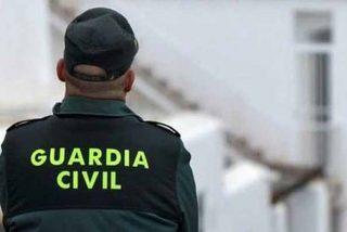Otra estafa a la Guardia Civil: les dan mascarillas caducadas para enfrentarse al coronavirus