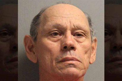 Arrestan a un tipo de 71 años por violar a más de 100 menores