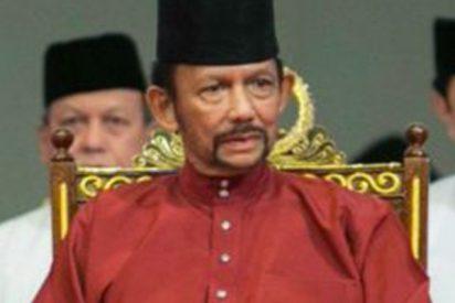 Todo lo que debes saber sobre Hassanal Bolkiah, el sultán que aprobó lapidar a homosexuales